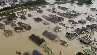 Überflutete Wohnquartiere in Kurashiki