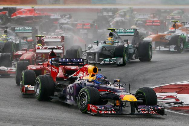 Sebastian Vettel beim Start des Grossen Preis von Malaysia in Sepang