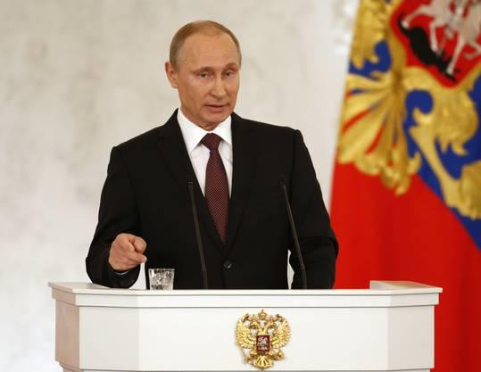 Vladimir Putin bei seiner Rede vor den russischen Parlamentsabgeordneten.