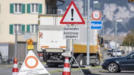Axenstrasse nach neuem Bergsturz schon wieder gesperrt