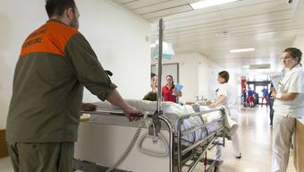 """Umzug des """"Limmi"""" in den Neubau des Spitals."""
