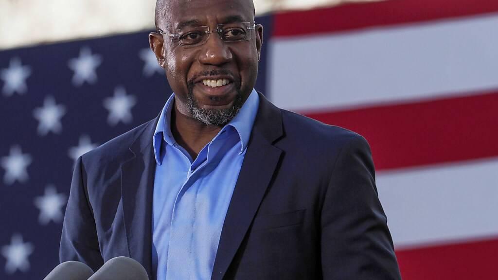Prognosen: Demokrat Warnock gewinnt bei Stichwahl in US-Staat Georgia