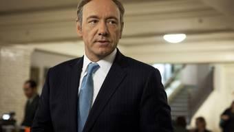 """Kevin Spacey als US-Congressman Frank Underwood in """"House of Cards."""" Am Freitag hat der Sender Netflix für den fiktiven Underwood einen Wahlkampfstand eröffnet (Archiv)."""
