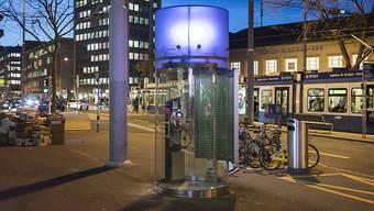 Modern und hell und verschwand trotzdem: Swisscom-Kabine am Bahnhof Wiedikon in Zürich. (Archivbild)