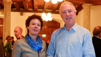 Mondaine-Mitinhaber André Bernheim nahm im Landhaus den Sozialstern von Frau Landammann Esther Gassler entgegen.