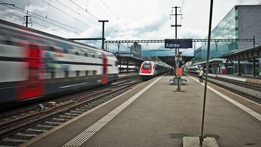 Im Bahnhof Aarau verursachten am Freitagmorgen vier Weichen Probleme.