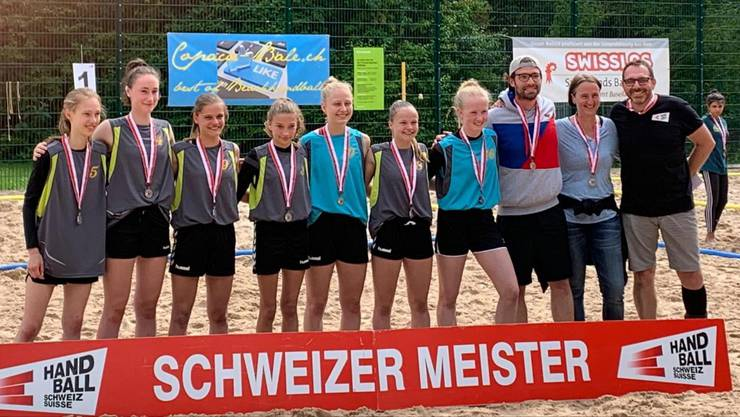U17-Vize-Beachhandball-Schweizermeister 2019: Die Copaca-Bâlerina HSG Juniorinnen Nordwest