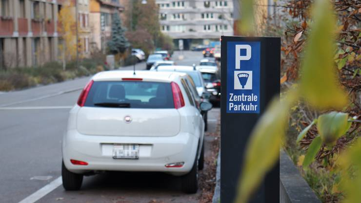 Auch das Parkieren an der Gartenstrasse soll deutlich teurer werden.