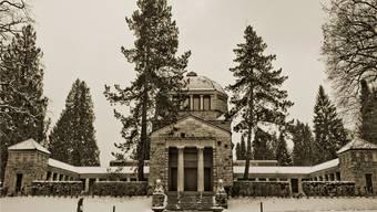 Der monumentale Kuppelbau mit Bossenmauerwerk des Krema-toriums Aarau. 1912 eröffnet, gilt es als Bauwerk ersten Ranges.