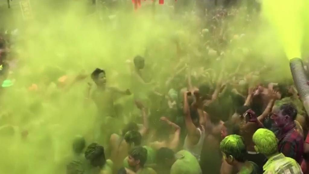 Indien feiert das «Holi Festival» trotz Coronavirus