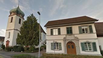 Die Reformierte Kirche und das Kirchgemeindehaus Arche in Bad Zurzach.
