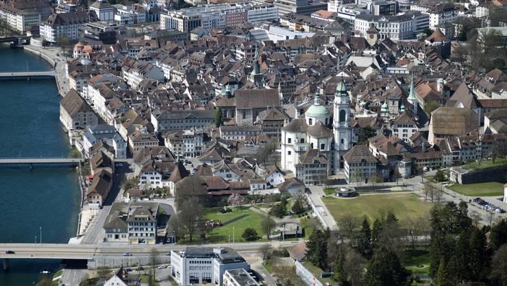 Luftaufnahme der Solothurner Altstadt.