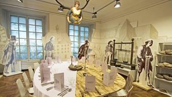 Arm und Reich treffen sich am gedeckten Tisch im Museum Blumenstein. Das Thema der darum versammelten Protagonisten: Die grosse Krise im und nach dem «Jahr ohne Sommer» 1816.