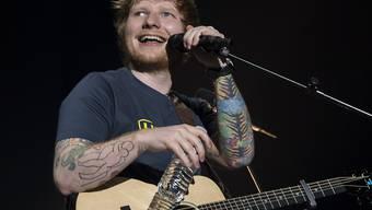 Was Ed Sheeran anpackt, wird ein Erfolg. Doch nun könnte der britische Sänger in einem Rechtsstreit scheitern: Eine US-Jury muss entscheiden, ob der 27-Jährige bei einem Song von Marvin Gaye abgeguckt hat. (Archivbild)