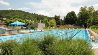 Obwohl die Liestaler Bäder, im Bild das Gartenbad, letztes Jahr so viele Besucher zählten wie fast noch nie, setzte es ein rekordhohes Defizit ab. Martin Töngi