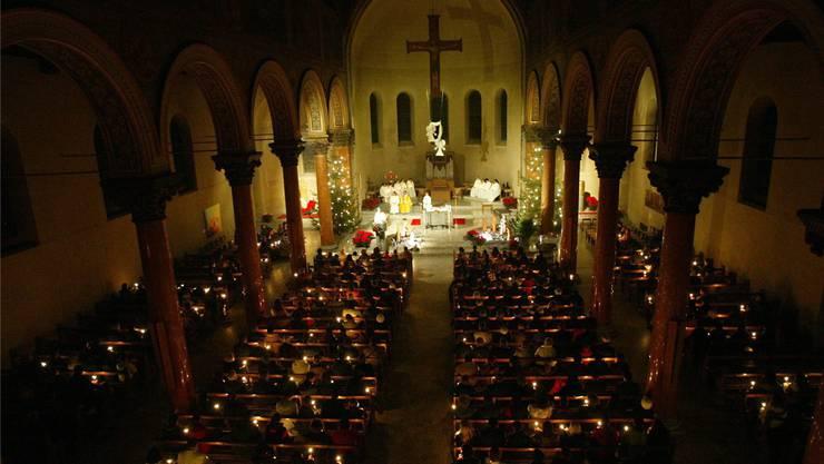 Wenn morgen die Frohe Botschaft verkündet wird, werden die Kirchen wie jedes Jahr an Heiligabend wieder zahlreich gefüllt sein.Flueckiger/KEYSTONE