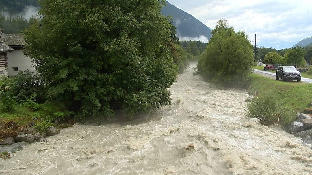 Unwetter in der Schweiz: Hochwassersituation spitzt sich zu