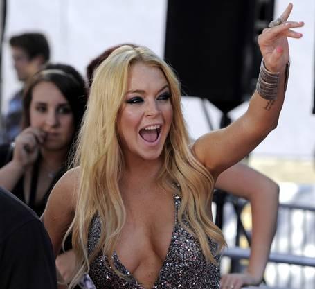 Lindsay Lohan lässt für knapp eine Million Dollar bald noch tiefer blicken
