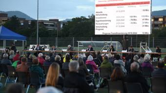 Bereits im Sommer hat die Gemeindeversammlung in Aesch draussen stattgefunden. Dieses Mal dürfte es etwas kälter werden.