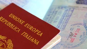 Der Italiener lebte nur vier Jahre lang in seinem Heimatland und seither in der Schweiz. Doch hier darf er nicht bleiben. (Symbolbild)