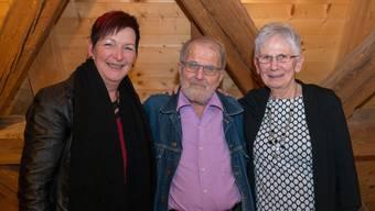 Die drei neuen Ehrenmitglieder (v.l.): Margrith Mühle, Ruedi Dutli und Kläri Winiger.