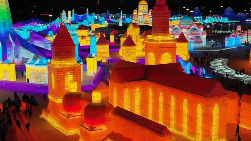 China: Eisskulpturen-Festival in Kleinformat wegen Pandemie