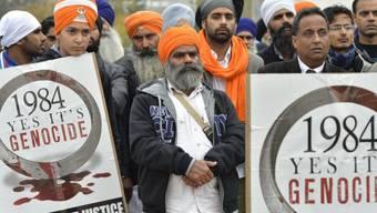 Indische Sikhs vor dem UNO-Gebäude in Genf