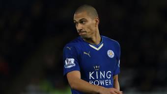 Gökhan Inler hat es bei Leicester nicht einfach.