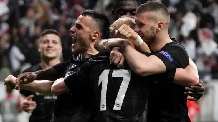 Eintracht Frankfurt drehte gegen Benfica Lissabon die Partie und steht nach 39 Jahren wieder einmal in einem Europacup-Halbfinal