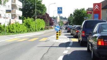 In Zürich fragt man sich, wohin sich all die Autokolonnen aufgelöst haben. Nun staut sich der Verkehr in Affoltern, Hedingen und Mettmenstetten. (Bild Thomas Stöckli)