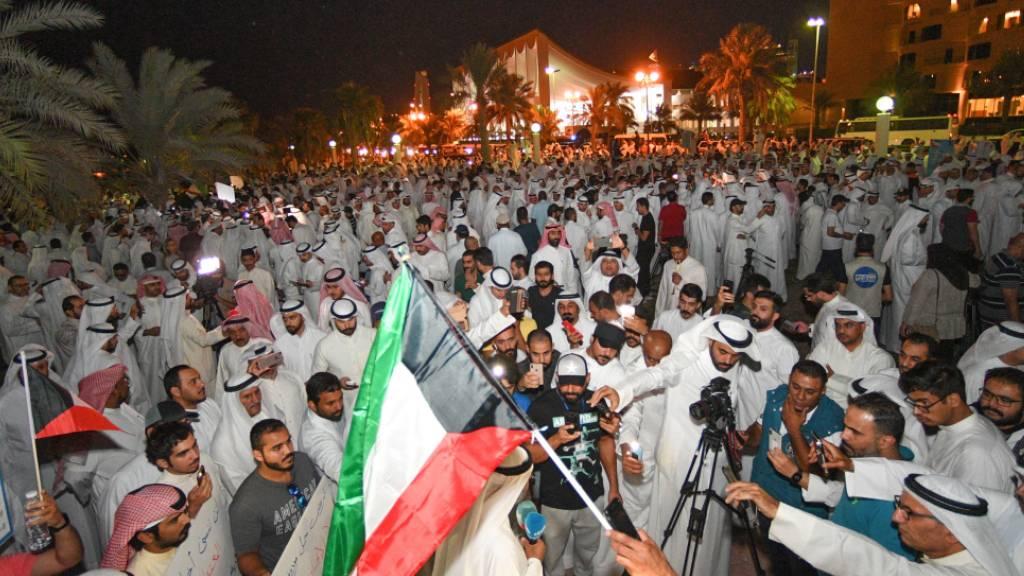 Hunderte demonstrieren gegen Korruption in Kuwait
