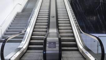 Der Lift- und Rolltreppenhersteller Schindler hat im ersten Quartal zwar mehr Umsatz eingefahren, aber weniger Gewinn erzielt. (Archiv)