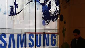 Samsung hat das Debakel um sein explosionsgefährdetes Smartphone offenbar verdaut und steigert den Gewinn. (Archivbild)