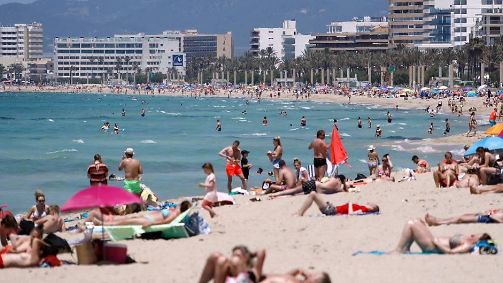 Spaniens Oberster Gerichtshof hebt Ausgangssperre auf Mallorca auf