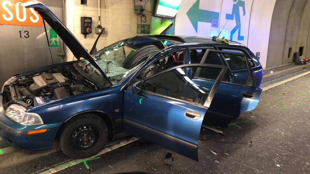 Gelöstes Rad tötet Zürcher Autolenker im Gotthardstrassentunnel