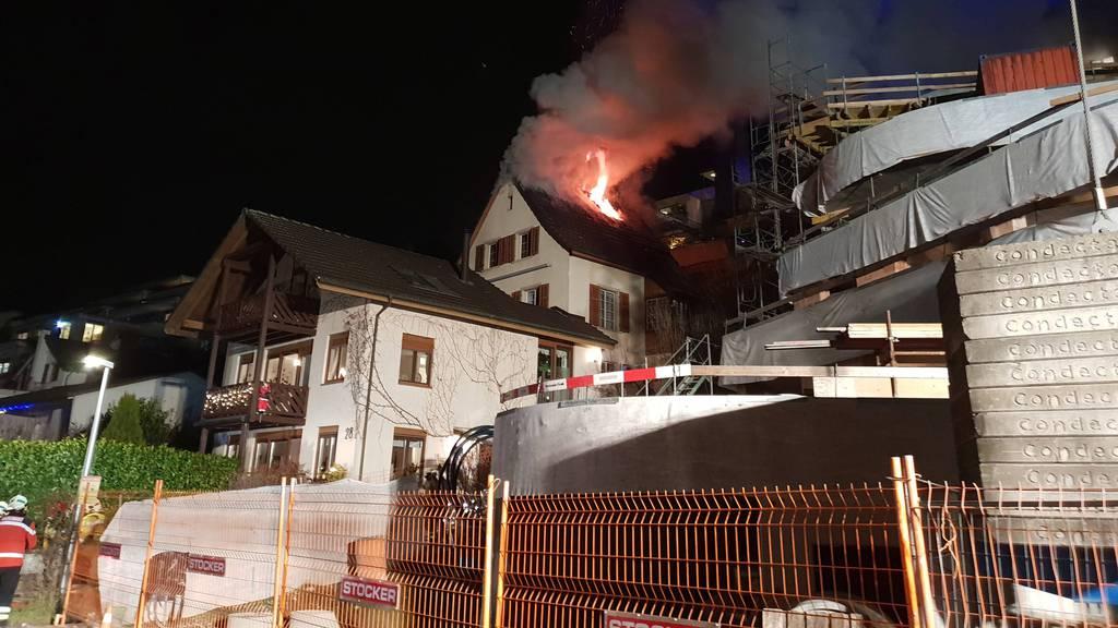 Brand verwüstet Haus in Nussbaumen