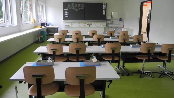 So leer wie dieses Zimmer der Dietiker Schule Wolfsmatt sollen die Schulräume in der Region ab Montag sein.