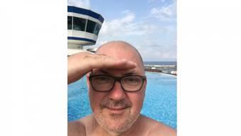 Ein angeblich rein privater Facebook-Eintrag von Justizminister Isaac Reber aus den Ferien: «Los mached kei seich dehei – i gseh genau was goht» (12. Juli 2016). Foto: ZVG