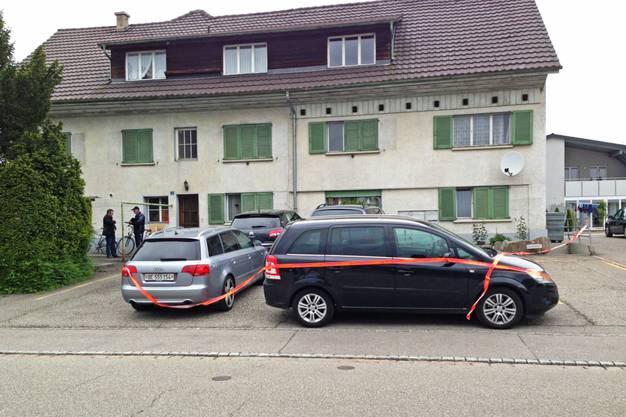 Tötungsdelikt in Möhlin: In diesem Mehrfamilienhaus wurde die tote Frau gefunden, nachdem ihr Mann bei der Polizei aufgekreuzt war.