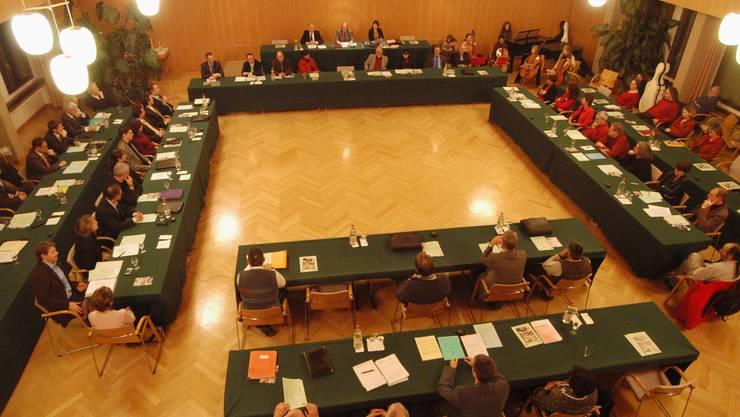 Im Einwohnerrat wurde die Debatte zum neuen Personalreglement geführt. (Bild: az archiv)
