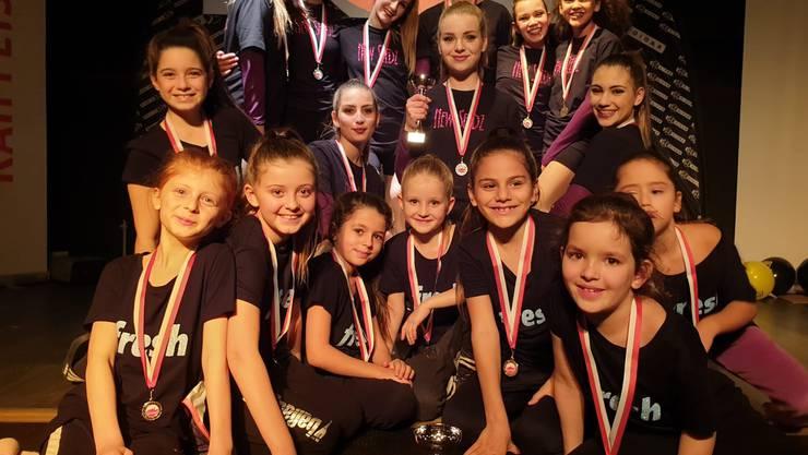 Die Tanzgruppe Fresh erreichte den dritten, New Seedz den zweiten Platz am Tanzwettbewerb Solothurn rockt.