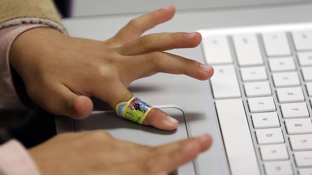 Immer mehr Kinder erleben sexualisierte Gewalt im Internet