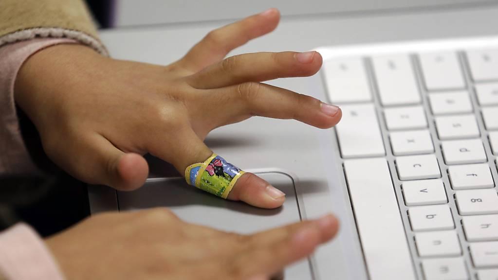 Schon Kindergärtner erleben im Internet sexuelle Grenzüberschreitungen. (Symbolbild)