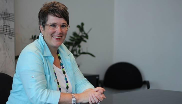 «Ich würde nicht behaupten, dass die Schweizer zurückhaltend sind», sagt Jacqueline Tscherry, Zivilstandsbeamtin in Dietikon.