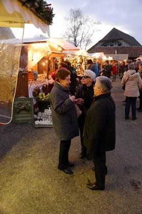 Impressionen vom Bucheggberger Weihnachtsmarkt in Aetigkofen.
