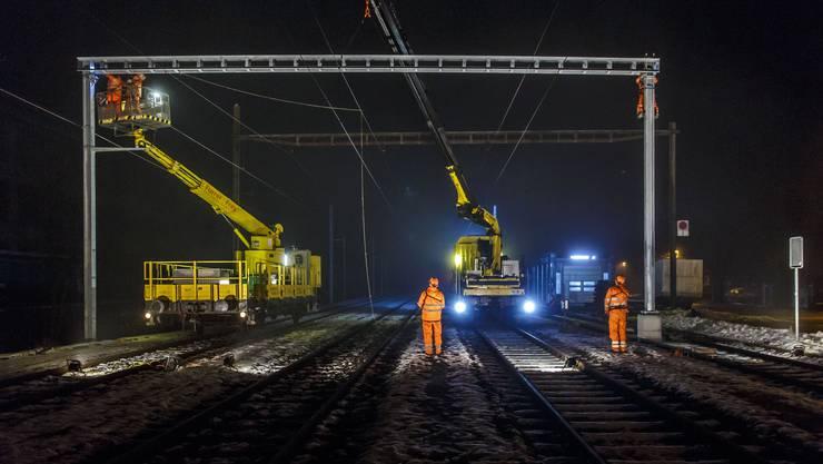 In diesen Tagen läuft bei der OeBB das Grossprojekt «Fahrleitungserneuerungen».