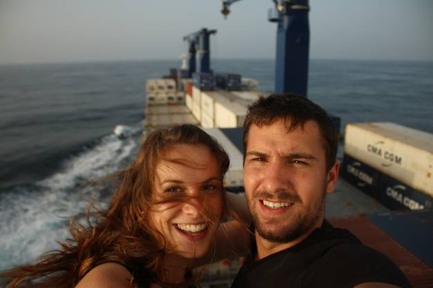 Wir sind überglücklich und auch ein bisschen stolz, dass wir es rechtzeitig bis nach Natal geschafft haben. Schliesslich mussten wir den Platz auf dem Frachtschiff Monate im Voraus reservieren