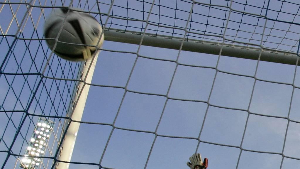 Den richtigen Gewinner zu tippen, ist viel einfacher als einen Penalty abzuwehren.