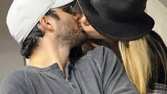 Zeigen ihre Liebe: Chelsea Clinton und Marc Mezvinsky