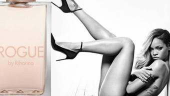 Anzüglich, obwohl man nichts sieht: Rihannas Werbeplakat (Firma)